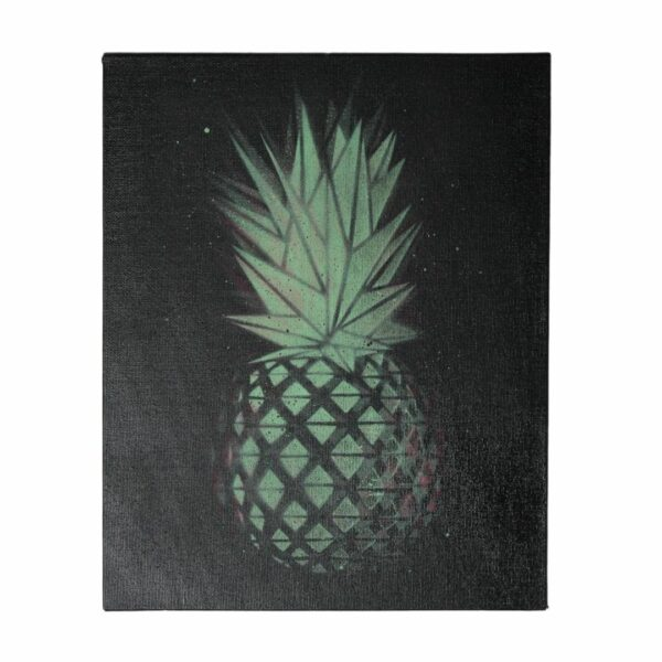 Metraeda Street Artist Ananas